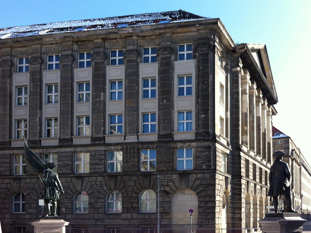 Kulturverbändehaus, Mohrenstraße 63, Süd-West-Ansicht. Foto: lvbg, 2013.
