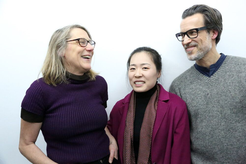 Stipendiat*innen AArtist in Residence 2019, von links: Susa Templin, Yafei Qi, David Krippendorff. Foto: H. Biermann